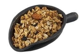Receita para preparar a granola de maneira saudável