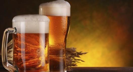 Benefícios de beber cerveja