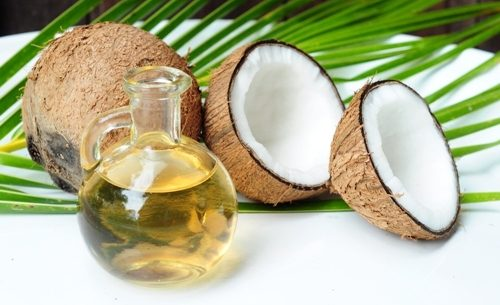 Azeite de coco: Um aliado da beleza