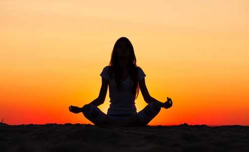 Benefícios de praticar ioga