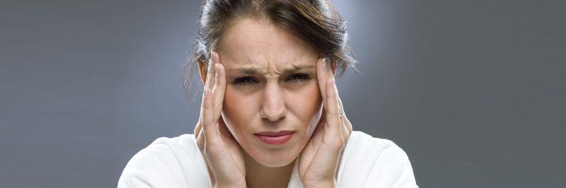 7 maus hábitos que causam dores de cabeça