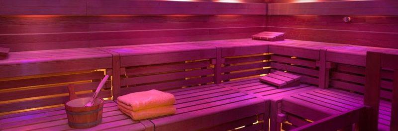 5 grandes benefícios de ir à sauna regularmente