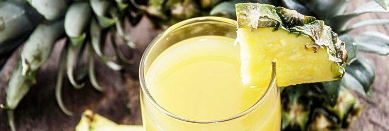Suco detox de casca de abacaxi para perder peso